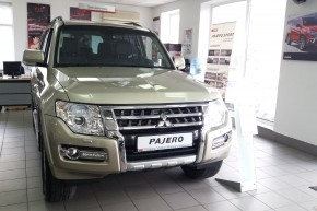 Mitsubishi Pajero Wagon 3.0 AT Intense