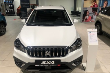 New SX4 1.6L 2WD GLX 6AT