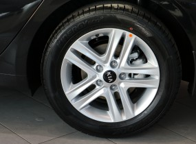 CEED SW New Business 1.6 А/T