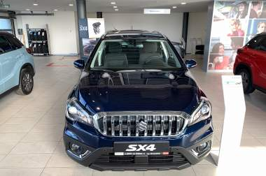 New SX4 1.4L 4WD GLX 6AT