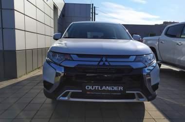 MITSUBISHI Outlander 2.0 CVT Inform 2019