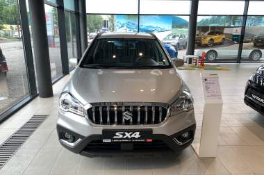 New SX4 1.6L 2WD GL 5MT