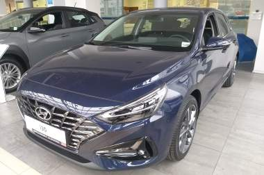 Hyundai i30 1.5 Premium 6AT