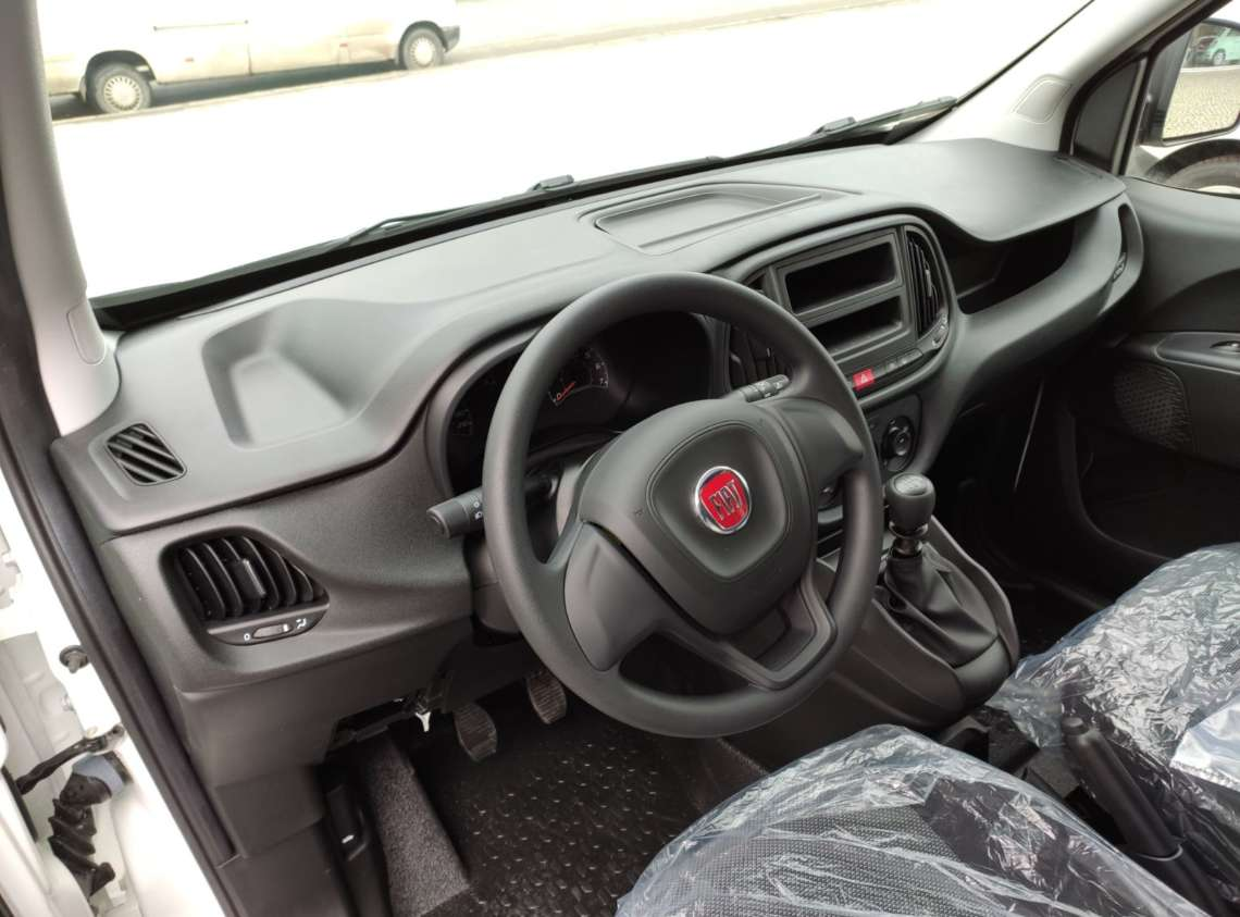 Fiat Doblo Cargo Corto бензин