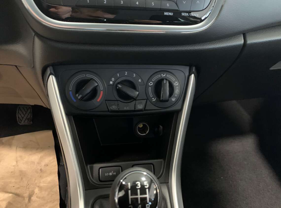 New SX4 1.6L 2WD GL 5MT